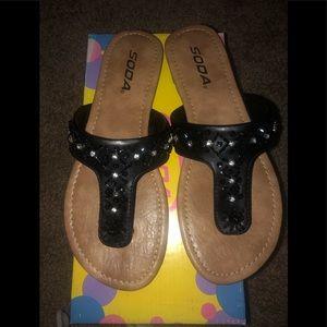 Super cute Black sandals